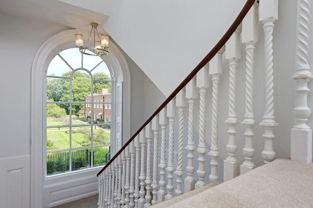 'Sunburst' arched sash window