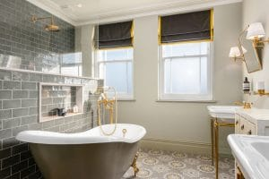 Sash windows with glazing bars in bathroom